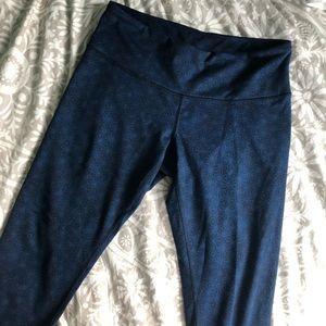 Lululemon Star patterned crop wunder under legging